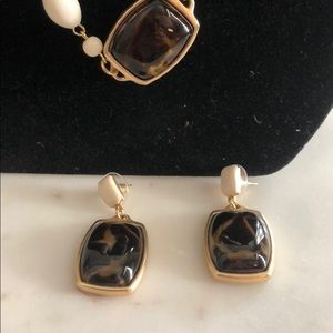 Chico's Jewelry - Chico's Off white & brown beads necklace earring